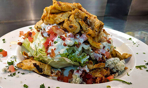 wedge salad with chicken